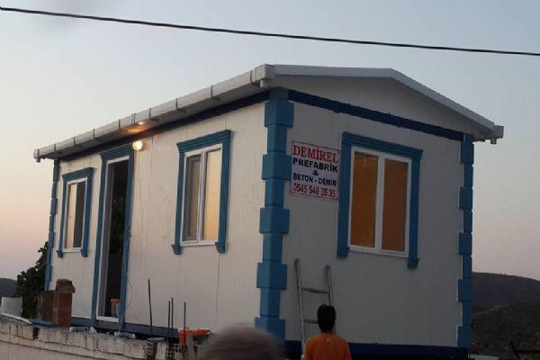 prefabrik ev fiyatlarını merak ediyorsanız söyle açıklayalım. Bir iş daha ucuza yapan mutlaka vardır. Fakat Demirel Prefabrik aylık işlem hacmi ile de ürettiği evlerin kalitesi ile de müteri yorumları ile de gösteriyorki, prefabrik ev konusunda gerçekten çok iyiyiz.