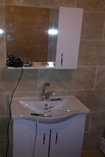 Gül Bahçedeki prefabrik evin lavabosu böyle
